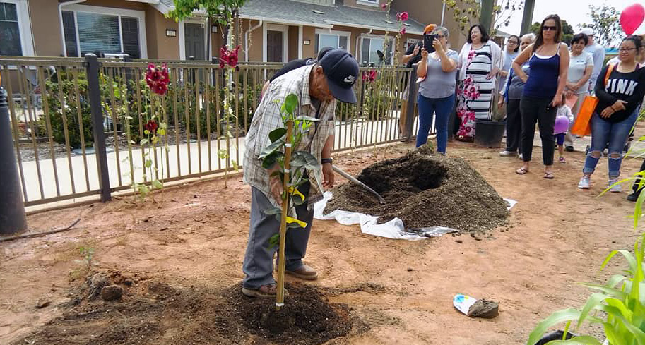 Azahar Place Apartments celebrate anniversary, NeighborWorks Week